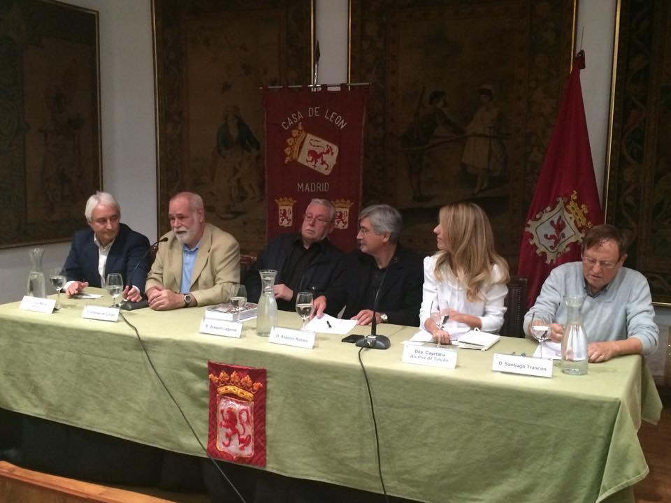 Presentación libro Historia de la Resistencia al nacionalismo en Cataluña con Antonio Robles, De Lucas Buñuel, Leguina, Cayetana Álvarez de Toledo y Santiago Trancón 3