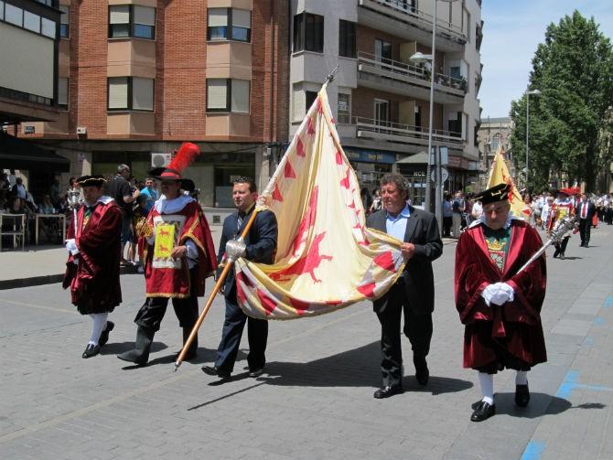 Replica Pendon Clavijo Ayto Astorga en la Zuiza Astorga Redaccion