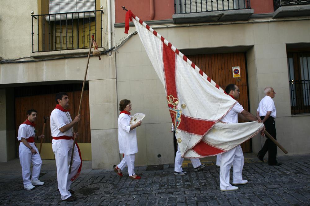 pendon cofradia de Santiago Tudela NA Blog Cofrdía