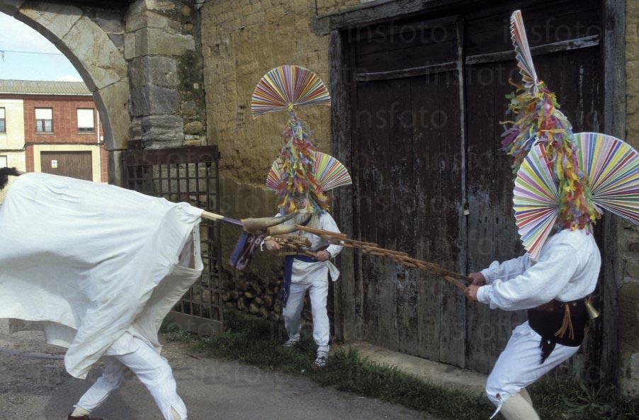 www.insfoto.com es seccion banco fiestas y tradiciones leon carrizo de la ribera el antruejo carnaval 5897.php